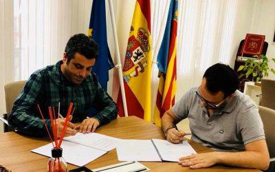Firmamos un convenio de colaboración con el Ayuntamiento de Catadau
